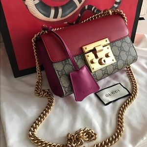 Gucci padlock small red